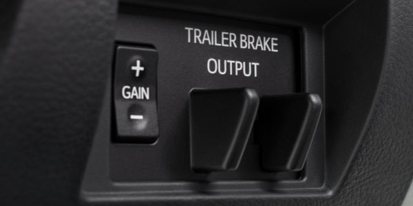 Close Up of 2018 Toyota Tundra Trailer Brake Output Controls