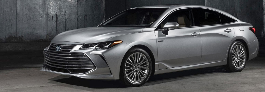 full view of the 2019 Avalon